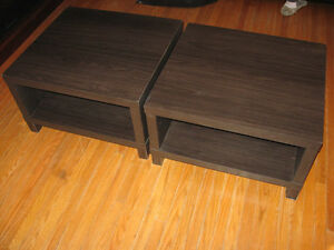 PAIR OF END TABLES LIVING ROOM BED ROOM $40.00