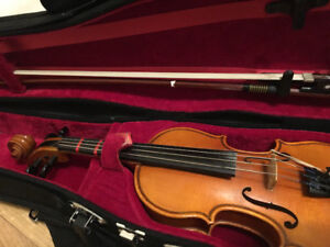Great condition 1/10 violin for sale
