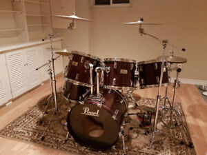 Pearl Pro DLX Series 9 Piece Drum Kit with Cymbals & Hardware