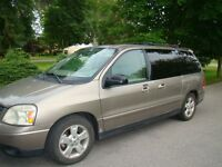 Ford Minivan, Van Cambellford On
