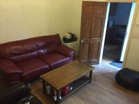 4 Double Bedrooms Available to rent in Shared house