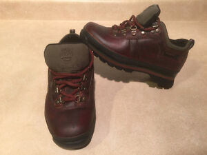 Women's Timberland Shoes Size 6 London Ontario image 7