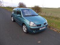Renault Clio billabong 1.2 full 12 months mot