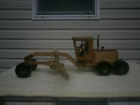 Birdseye Maple Wooden Trucks/Tractor