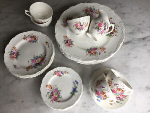 Vintage Fine Bone China Set Coalport - scalloped edge