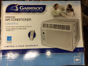 Compact window air conditioner