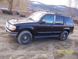 1997 Ford Explorer XL SUV, Crossover
