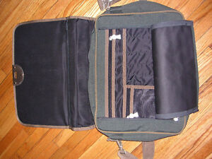 Brand New Messenger Bag Windsor Region Ontario image 2