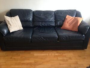 Lit Queen + Matelas, Divan 3 places, sofa et table à vendre!