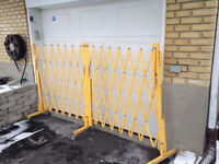GATE SECURITY GATE FENCE SENTRY BARRIERE