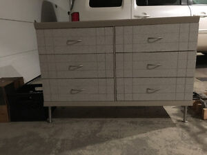 Dresser with six drawers