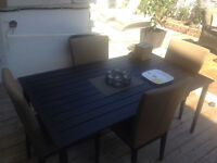 For sale aluminum patio set dinner table & 4 chairs highend
