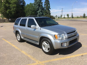 2002 Infiniti QX4 Fully Loaded Extremely Clean & well maintained