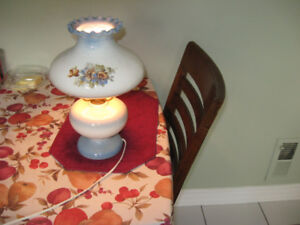 table lamp good condition
