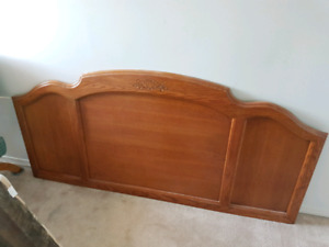 Beautiful Vintage Bedroom Set $500