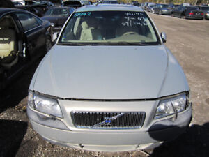 2000 Volvo S80 ** FOR PARTS * INSIDE & OUTSIDE**