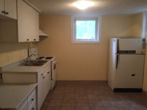 One bedroom plus den close to UofA for rent!