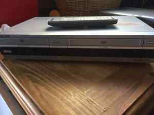 Sony DVD/ VCR combo