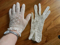 Crocheted Fancy Gloves
