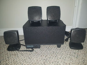 ALTEC LANSING Surround sound speaker set