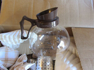Mint Condition Bunn Pour-o-Matic Coffee Maker and Supplies! Moose Jaw Regina Area image 5