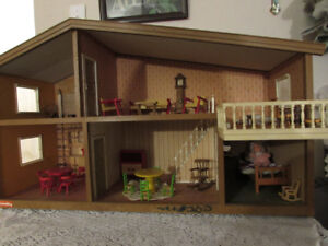 LUNDBY DOLL HOUSE Sweden- Vintage 1970's - plus furnishings