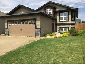 301 Quessy Drive, Martensville *OPEN HOUSE MAY 29 - 2-5pm*