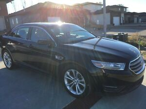 2013 Ford Taurus Sedan AWD