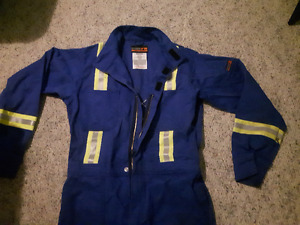 Dakota Flame Resistant Sz.Med Reflective Work Coveralls