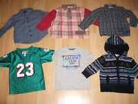 LOT - 26 -- items of clothes for ----- BOY / FILS ------ size 2