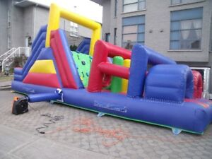 Jeu gonflable course a obstacle commercial