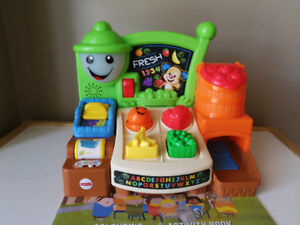 Fisher-Price Fruits & Fun Learning Market