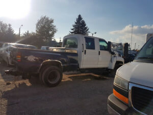 2005 c5500 GMC pickup truck 4 door 120km