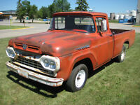 1960 Ford F-100 Style Side Pickup