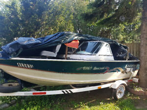 BOAT LEGEND FISH 40HP MOTOR  16 ft
