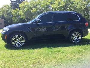 2011 BMW X5 M PACKAGE