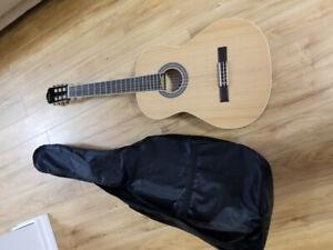 Beginner's full-size classical  guitar