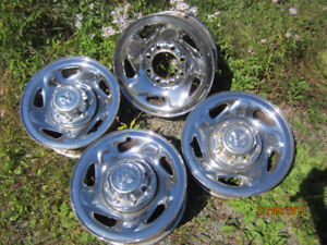 1994 to 2001 Dodge Ram 16'' chrome rims with 3 centers