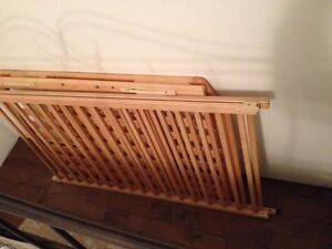 Crib, Mattress with fitted sheets and change table Belleville Belleville Area image 2