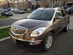 2008 Buick Enclave - Loaded (Leather AND ...)