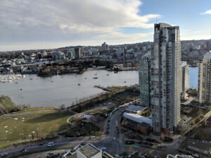 BEST VIEW. YALETOWN. 40TH FL. FURNISHED ROOM IN SHARED 2BR CONDO