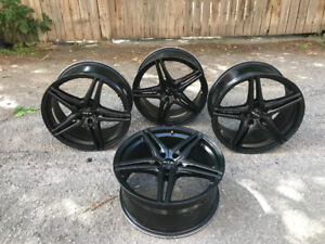 4 mags rims roues 18po unviverselle 5x108