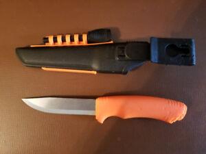Morakniv Bushcraft Stainless Steel Survival Knife with Fire Sta