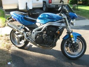 2002 Triumph 955i Speed Triple