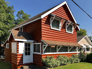Graham Lodge: Classic Grand Bend Cottage by Rent Huron