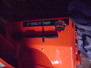 Ariens Deluxe 28'' Snow Blower with drift cutters