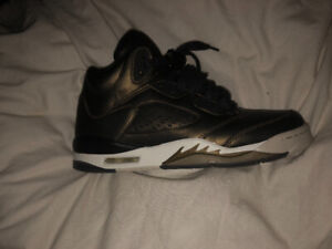 Air Jordan 5s, youth size 6.5 metallic camo (limited addition)