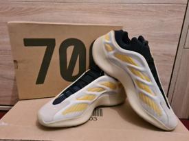 Yeezy 700 V3 Safflower, 12UK, 12.5US