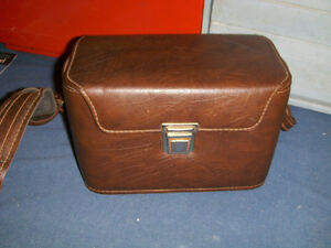 VINTAGE SLR-1600 MOVIE CAMERA CARRYING CASE & STRAP-1970'S