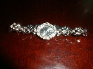 SILVER TONE LADY'S WATCH (HYPOALLERGENIC)